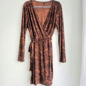 Daisy Fuentes brown print long sleeve dress